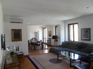 Foto - Appartamento ottimo stato, secondo piano, Valverde, Verona