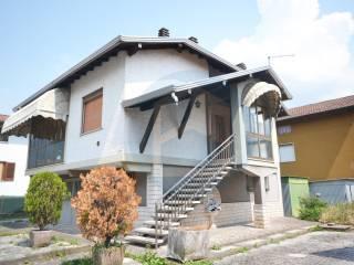 Foto - Villa via Giuseppe Garibaldi, Costa Volpino