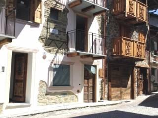 Foto - Casa indipendente via Don Giovanni Gatti 49, Caspoggio