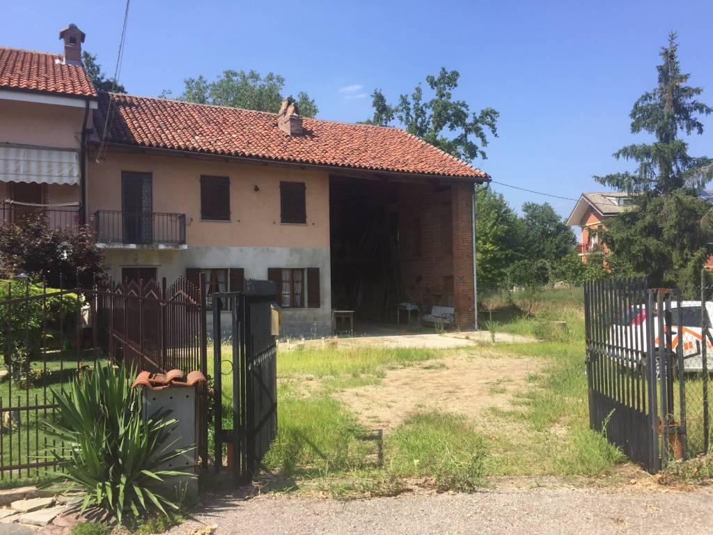 foto esterno Rustico / Casale via Pirandello 5, Pralormo