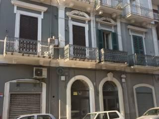 Foto - Trilocale ottimo stato, secondo piano, Libertà, Bari