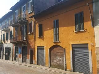 Foto - Bilocale viale Giuseppe Garibaldi, Gavirate