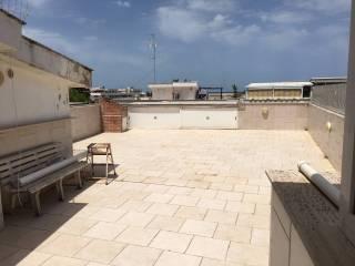 Foto - Trilocale buono stato, primo piano, Santo Spirito, Bari