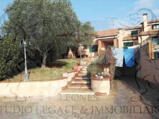 Foto - Villa all'asta via Afrodite 15A, Pomezia