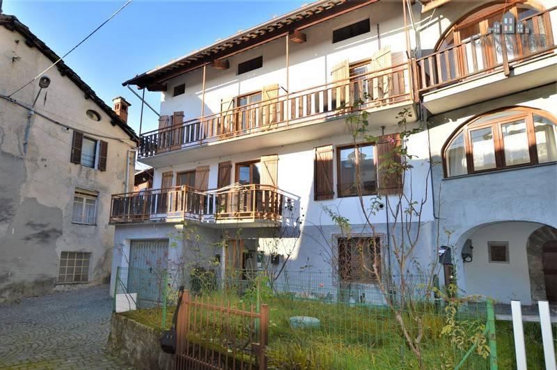 foto esterno Detached house via Patrioti 6, Valchiusa
