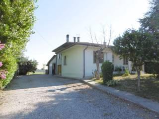 Foto - Villa via Camillo Benso di Cavour 2, Legnago