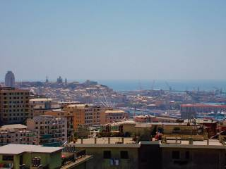 Foto - Trilocale via Bari, San Teodoro, Genova