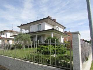 Foto - Villa via Luigi Barbieri, Voghera