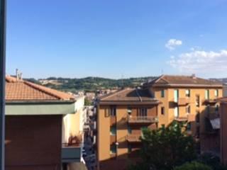 Foto - Quadrilocale buono stato, primo piano, Scrima, Ancona
