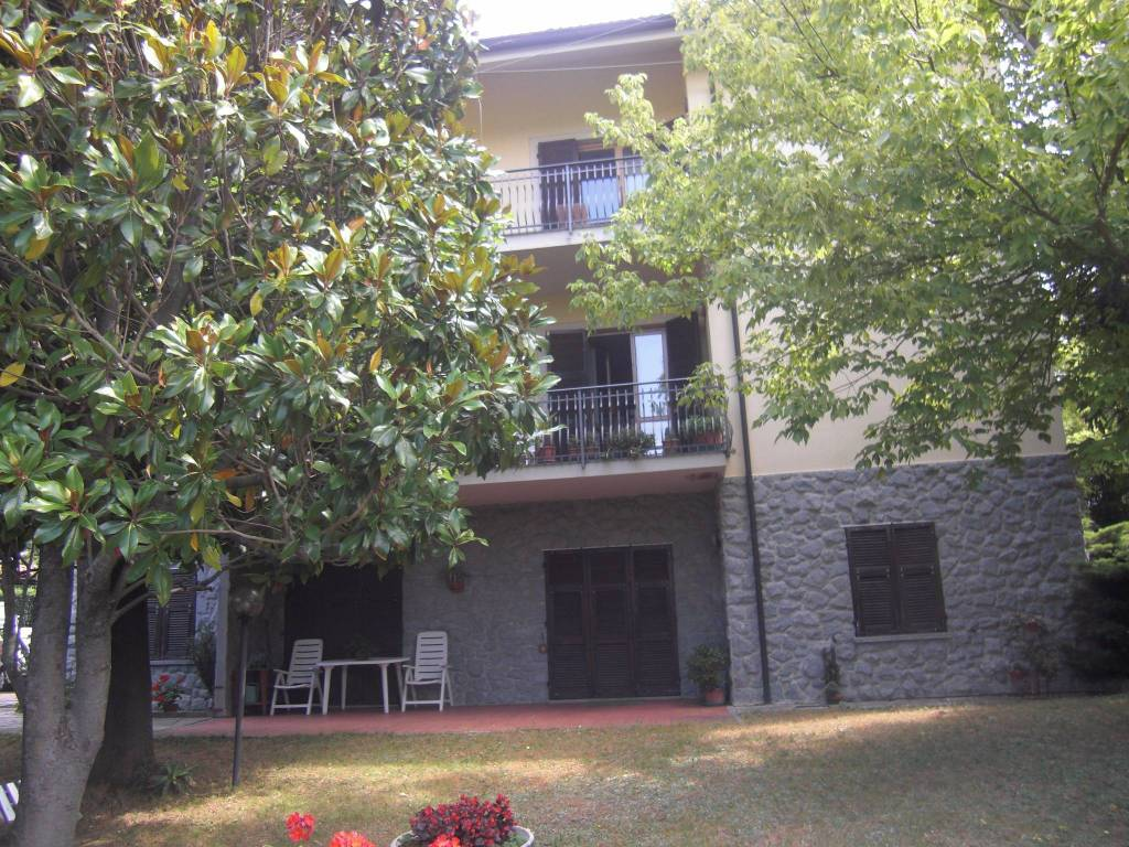 foto  Multi-family villa via Roma, Tagliolo Monferrato