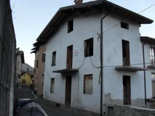 Foto - Casa indipendente 150 mq, da ristrutturare, Agnosine