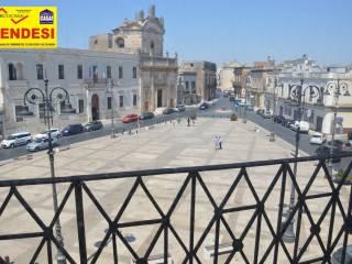 Foto - Trilocale piazza Giuseppe Garibaldi, Manduria