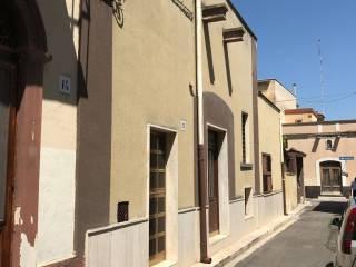 Foto - Appartamento da ristrutturare, piano terra, Ceglie del Campo, Bari