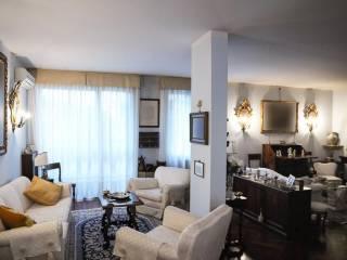 Foto - Appartamento viale Giambattista Ercolani, Santo Stefano, Bologna