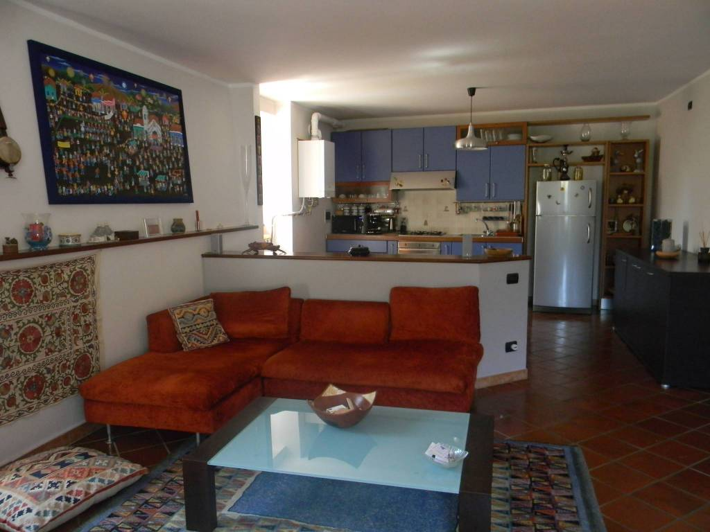 foto  Appartamento via Vittorio Veneto 6, Pettinengo