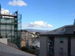 Foto - Trilocale buono stato, sesto piano, Savona