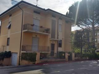Foto - Palazzo / Stabile via San Giuseppe 1, Frazione Lucrezia, Cartoceto