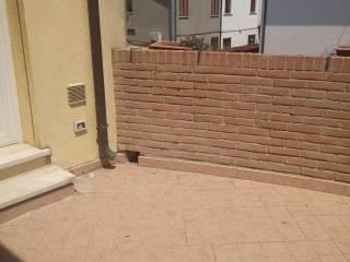 Foto - Trilocale ottimo stato, primo piano, Rovigo