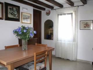 Foto - Quadrilocale ottimo stato, secondo piano, Chioggia