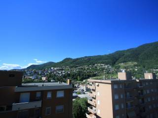 Foto - Attico / Mansarda via Salvatore Quasimodo 10, Sagnino, Como