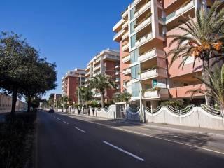 Foto - Trilocale viale Poetto 36, Quartiere del Sole, Cagliari