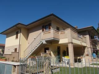 Foto - Quadrilocale nuovo, ultimo piano, Castiglione Del Lago