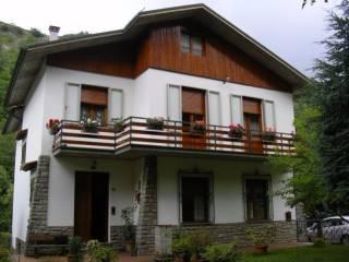 Foto - Villa viale Martiri della Libertà 13, Crespino Del Lamone, Marradi