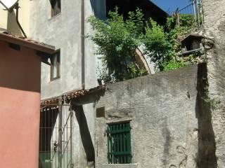 Foto - Casa indipendente via Ratti, Asso