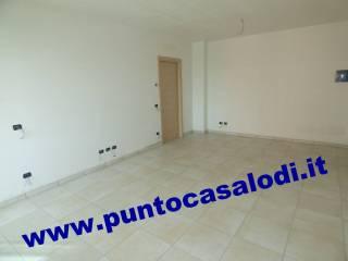 Foto - Palazzo / Stabile, nuovo, Lodi