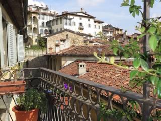 Foto - Quadrilocale via San Giacomo, Città Alta, Bergamo
