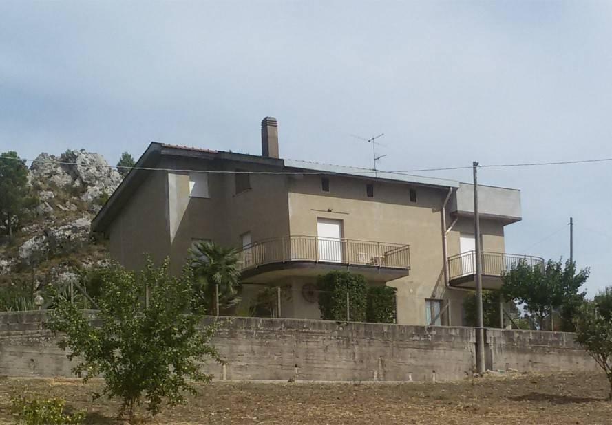 foto  Villa via Babbaurra, Caltanissetta