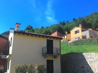 Foto - Trilocale via Canova 17, Canova, Magliolo