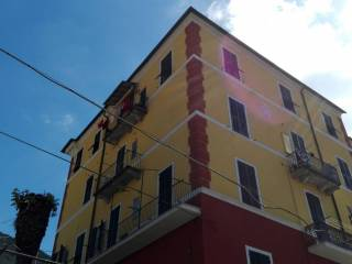 Foto - Bilocale da ristrutturare, secondo piano, Pontedassio