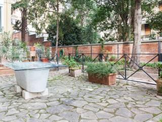 Foto - Trilocale via Nicola Fabrizi, Trastevere, Roma