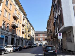 Foto - Bilocale via Curtatone, Tribunale, Milano