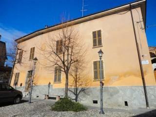 Foto - Palazzo / Stabile due piani, da ristrutturare, Camagna Monferrato