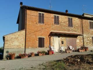 Foto - Palazzo / Stabile via degli Eroi 25, Vaiano, Castiglione Del Lago