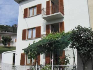 Foto - Casa indipendente piazza Chiesa 2, Berbenno