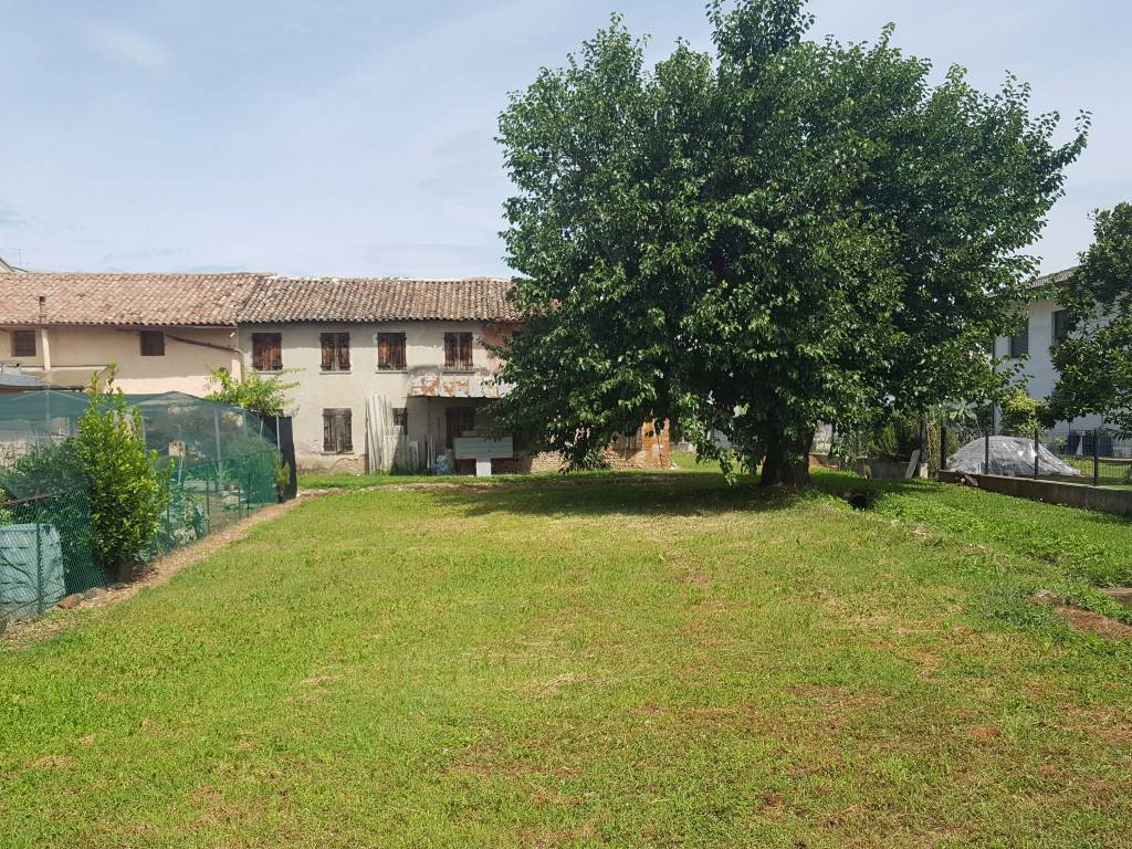 foto prospetto principale Two-family villa via San Carlo, Montebelluna