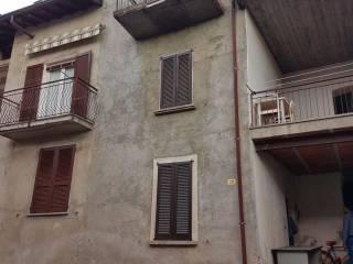 Foto - Casa indipendente 110 mq, da ristrutturare, Luvinate