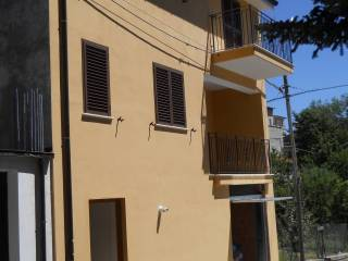 Foto - Casa indipendente via Guglielmo Marconi, Ateleta