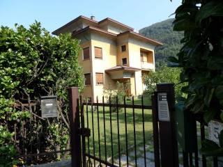 Foto - Palazzo / Stabile via Battaglia San Martino 3, Cuveglio