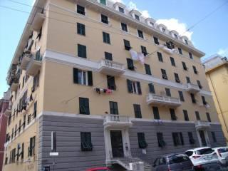 Foto - Trilocale via Ayroli, Marassi, Genova