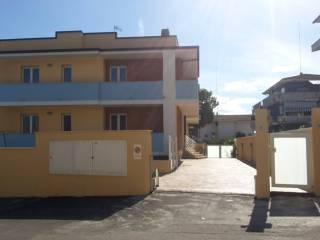 Foto - Quadrilocale Strada delle Fornaci 27, Colle Pietra, Pescara