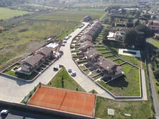 Foto - Villetta a schiera via Nettunense, Frattocchie, Marino