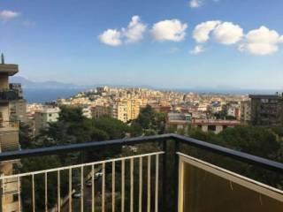 Foto - Quadrilocale via Domenico Fontana, Vomero, Napoli