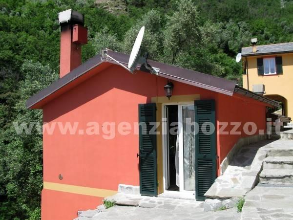 foto La casa Quadrilocale via Mulinello, Avegno
