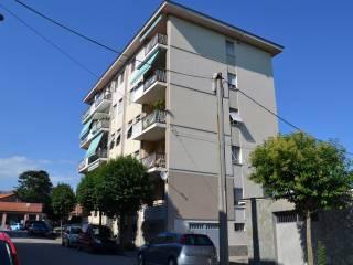 Foto - Trilocale buono stato, primo piano, Chiavazza, Biella