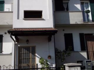 Foto - Trilocale via Don Mariani, Binago