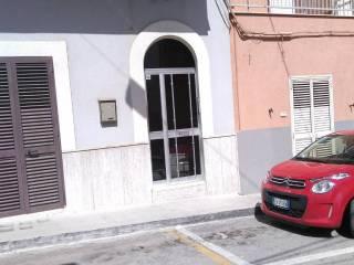 Foto - Trilocale via Quintino Sella, Crispiano